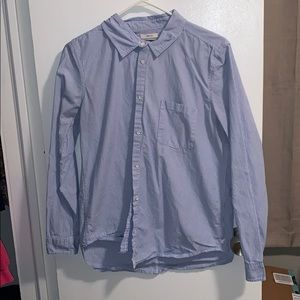American Eagle Long sleeve stripped button-up